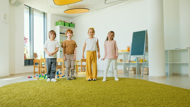 children in a classroom - mindfulness in the classroom